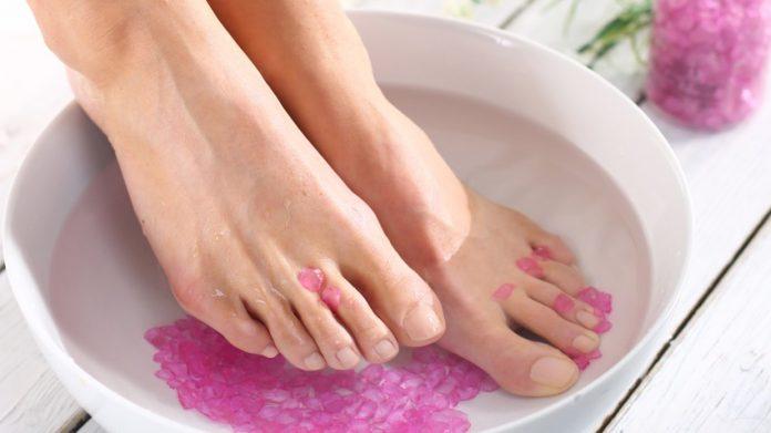 Comment enlever les mycoses des pieds